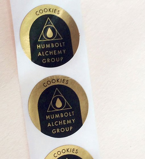 gold labels with print
